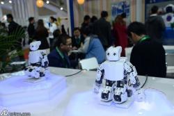 دانلود پاورپوینت نگاهی بر رباتیک